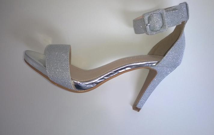 Srebrni sandali VESNA z nizko petko